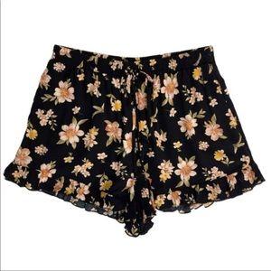 American Eagle Ruffled Floral Shorts Sz Medium